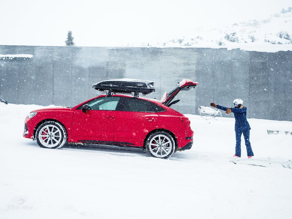 How to ski   Packing list for your next ski holiday