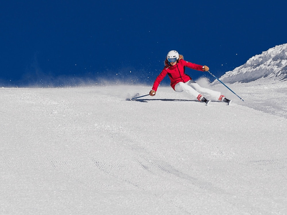 How to behave on-piste   The 10 FIS rules